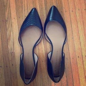 Brand new! Banana Republic Black Leather Flats